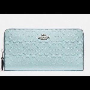 Brand NEW! Coach accordion zip wallet in Aqua 🦋